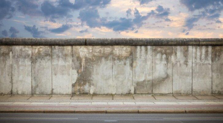 20. sajandi kurikuulsaim müür oli Berliini müür, mis pandi püsti 1961. aastal.