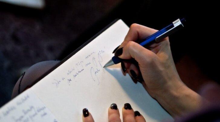 Kas virtuaalmaailmas mängib käekiri veel rolli?