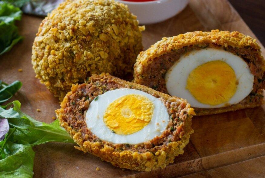 KIIRE ÕHTUSÖÖGI SOOVITUS: Indiapäraste vürtsidega maitsestatud kanapallid munatäidisega