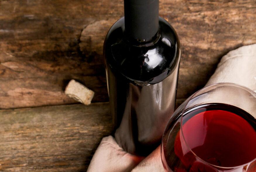 Veini pimetest: Uute maitsete jahil ehk verivärsked leiud Eesti veiniturul