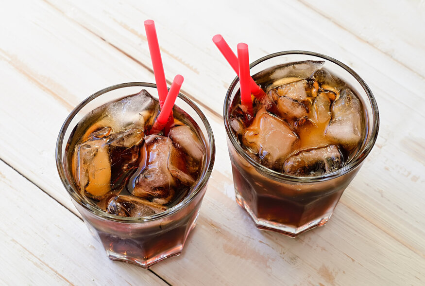 JOOGITARKUS: 7 jooki, mille tarbimine tuleks lõpetada juba täna