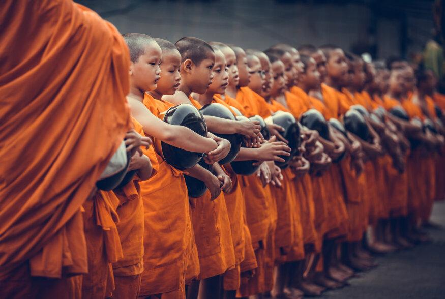 MAAILMA MAITSED: Mida söövad budistlikud mungad?