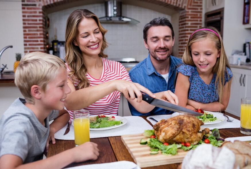TASUB TEADA! Ühise söömaaja kasulikkusest tervele perele