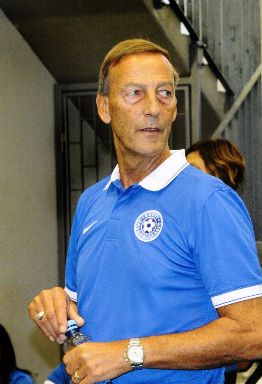 Johan Neeskens korraga vµiks platsil olla kolm välismängijat Sport