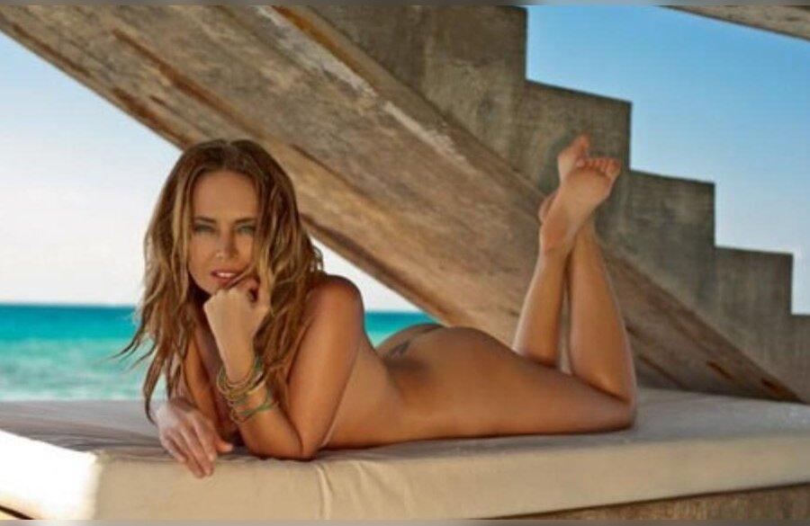 Смотреть бесплатно голую жану фриски 19 фотография