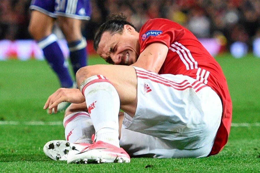 «Аякс», играя неменее получаса вдесятером, вышел вполуфинал Лиги Европы