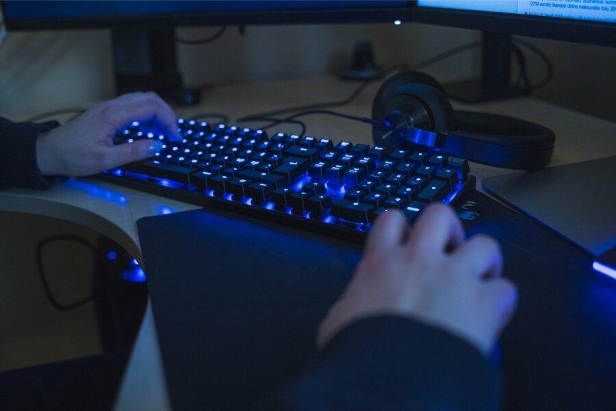 Русский хакер изШалтая-Болтая поведал оработе группировки наФСБ