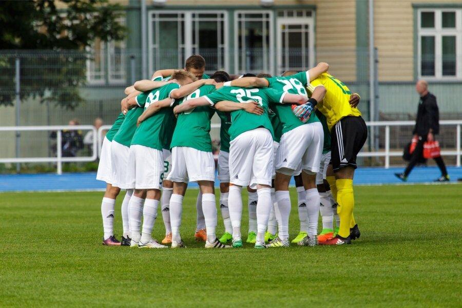 Изумительный случай вЭстонии: футболисты забили гол, некасаясь мяча