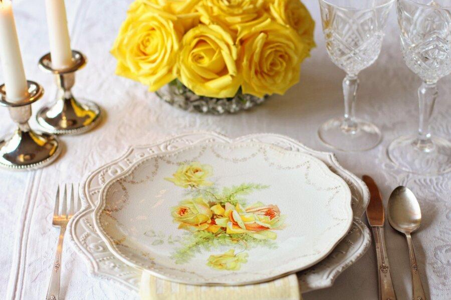 KAS TEADSID, milliseid nõusid ja söögiriistu ei tohi mitte kunagi nõudepesumasinas pesta?