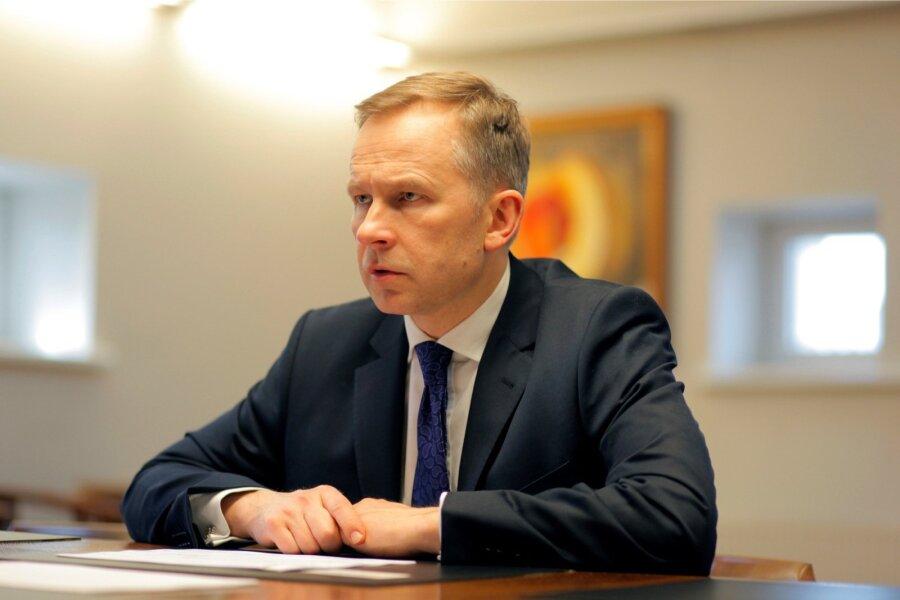 Президент Банка Латвии находится вKNAB; предприниматель Мартинсонс арестован