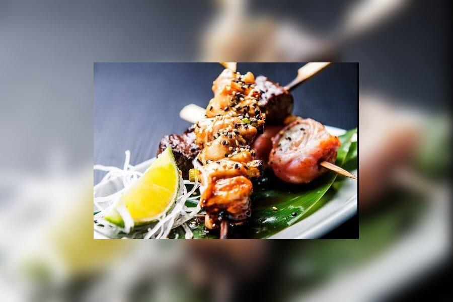 ARVUSTUS | Kallis restoran NOYA's on võimalik unustada end kokteili universumisse, kuid teenindus annab soovida