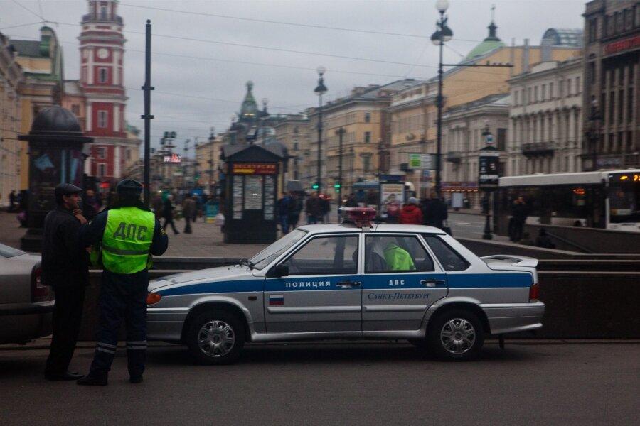 2018— таксист избил француза в северной столице