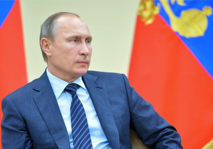 За нами Путин и Сталинград  YouTube