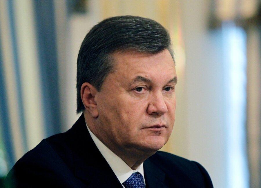 Янукович поведал, как проводит свободное время