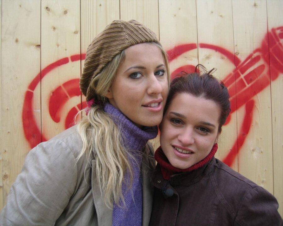 Ксения Бородина иКурбан Омаров официально показали младшую дочь Теону