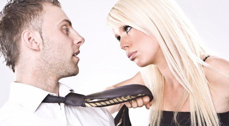 Жена подруга доминирует над мужем