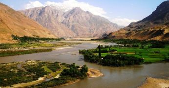 """Jalgrattareis Tadžikistanis. Pamiiri """"kiirteed"""" mööda Afganistani piiri äärde"""