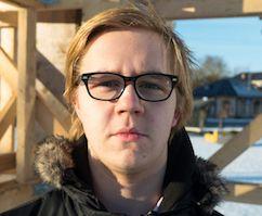 Tisleriõpilane Mairon teab, et välismaalt Eestisse madalamate palkade peale tagasi tulla on keerukas